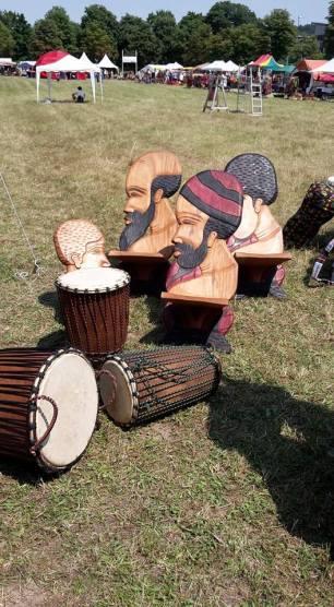 Kunstvolle Stühle