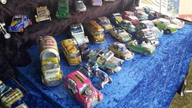 Autos gebastelt aus alten Dosen