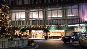 Außenansicht: Imperial London Hotel