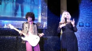Jimi Hendrix (links) Adele (rechts)