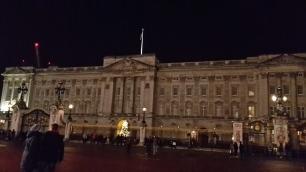 Buckingham Palace bei Nacht