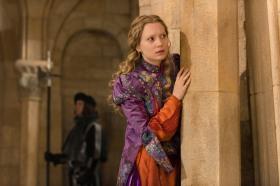 "©The Walt Disney Company - Mia Wasikowsa in ""Alice Through the Looking Glass"""