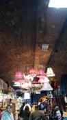 Camden Town ist zum Teil auch unter Dach in einem gewölbeartigem Gebäude