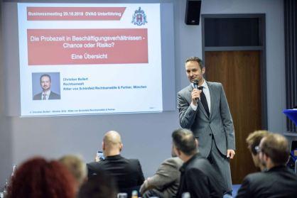 Anwalt Christian Bullert bei seinem Vortrag ©Niko Lemó