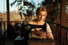 "Kate Winslet in ""The Dressmaker"" ©Ascot Elite"