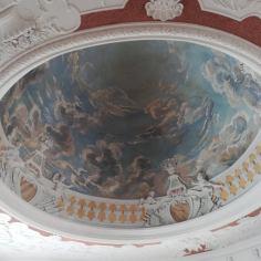 Ein Deckengemälde in Schloss Belvedere
